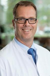 Prof. Dr. Thomas Klenzner, Leiter des Hörzentrums am Universitätsklinikum Düsseldorf (UKD). Foto: UKD