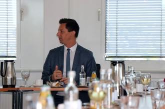 Foto:Peter Hölterhoff - Bundesverdienstkreuz Ricarda Wagner_17