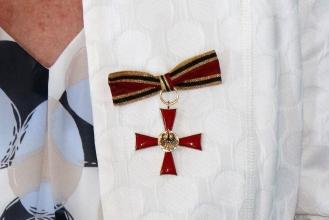 Foto:Peter Hölterhoff - Bundesverdienstkreuz Ricarda Wagner_21